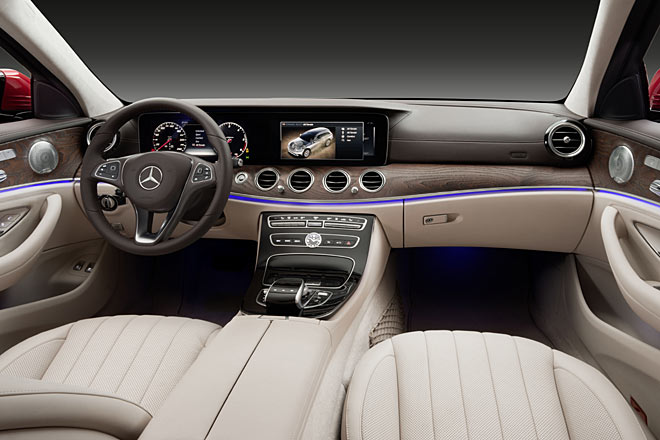 Fotostrecke: Das neue Mercedes-Benz E-Klasse T-Modell All-Terrain ...