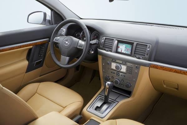 Fotostrecke: Modellpflege für Opel Vectra und Signum (Bild 5 von 6 ...